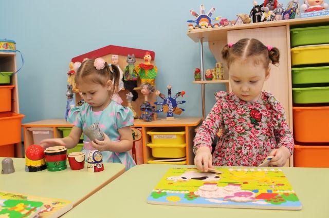 911 детсадов в Новосибирске продолжают работать в режиме дежурных групп.