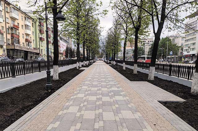 Реконструкцию тротуаров Комсомольского проспекта на участке от ул. Ленина до ул. Екатерининской уже завершили.
