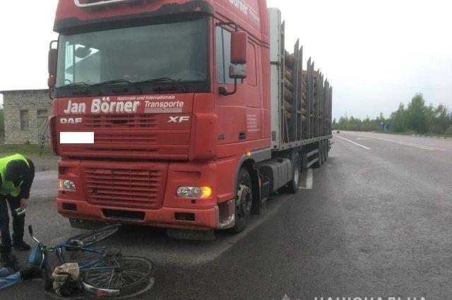 В Ровенской области в ДТП погиб велосипедист