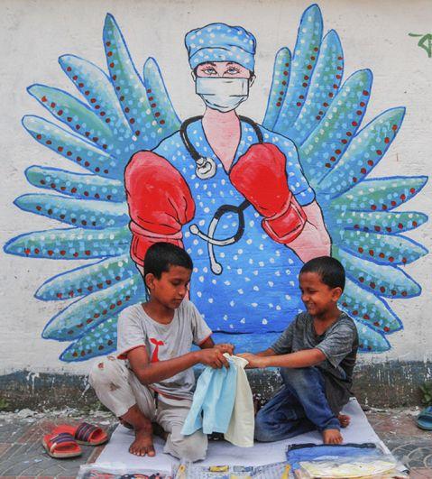 Граффити в Дакке, Бангладеш.