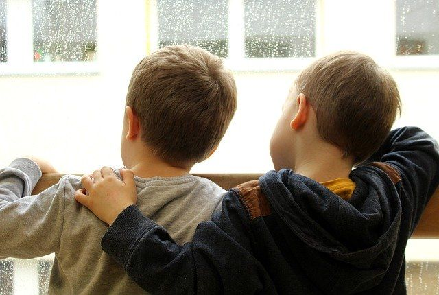 Специалист министерства соцразвития области разъяснит права на выплаты, предусмотренные для детей.