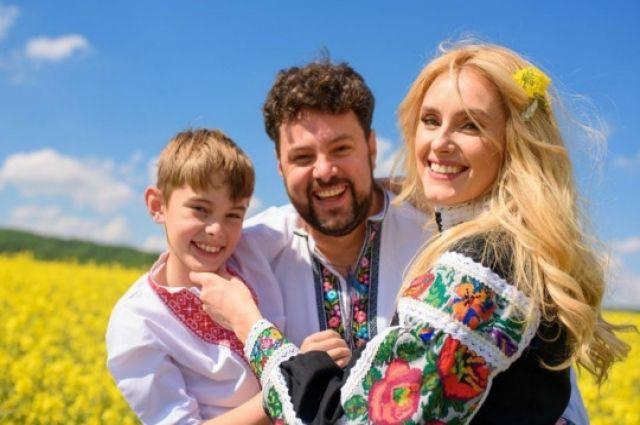 День вишиванки 2020: украинские звезды в ярких национальных нарядах