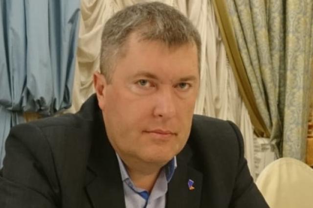 Артем Плахотин.