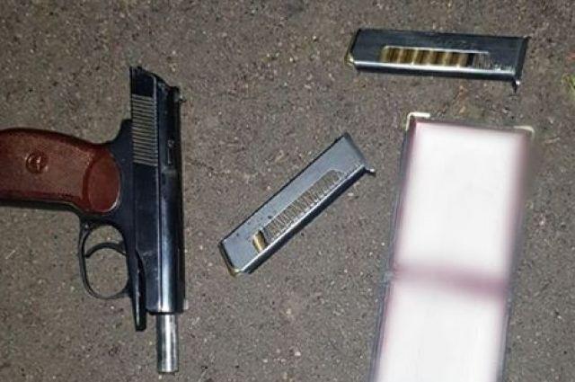 В Киеве мужчина устроил стрельбу после ссоры с женой