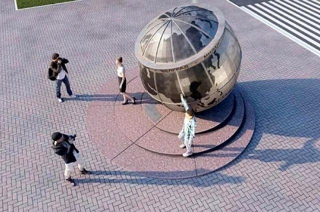 Скульптуру устанавливают на улице Захарова.