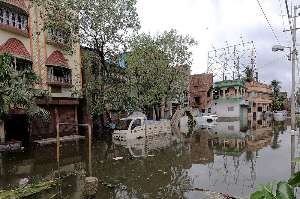 Разрушения в Калькутте, Индия.