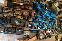 Речь идет о подпольной мастерской, где изготавливали оружие и боеприпасы.