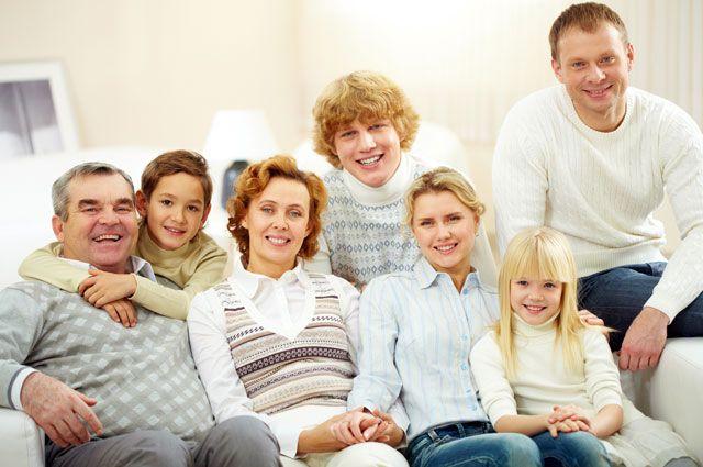 Елена Кашкарова: акцент на теме семьи в Конституции очень важен
