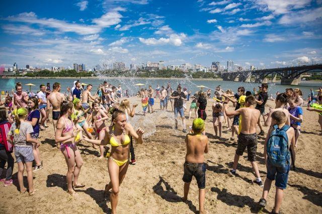 На сегодня ни один пляж Новосибирской области официально не открыт.