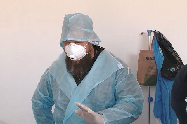 В ковид-больницу Рамзан Кадыров ходил без противочумного костюма