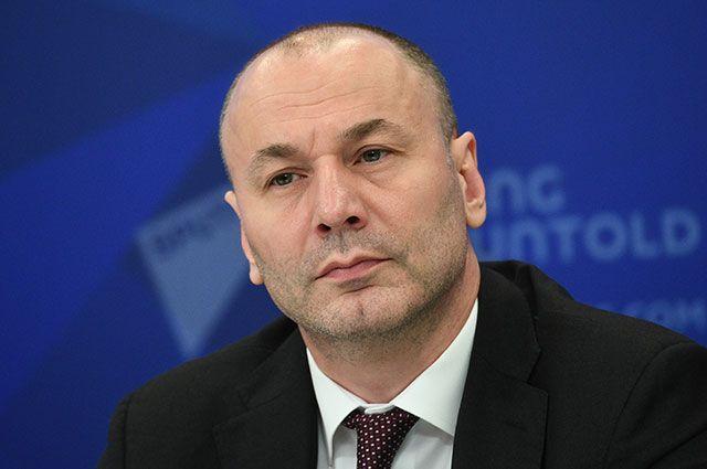 Временно исполняющий обязанности руководителя Федеральной службы по надзору в сфере образования и науки Анзор Музаев.