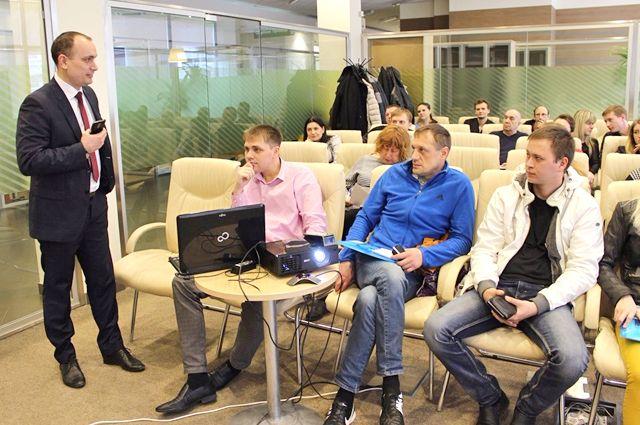Начинающих предпринимателей обучают ведущие бизнесмены Волгограда.