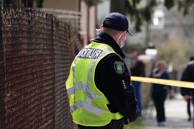 В столице на месте ремонта теплосети обнаружили труп мужчины