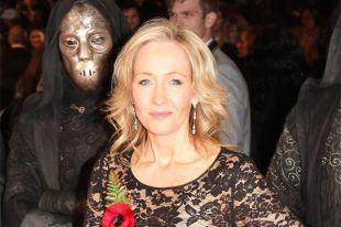Джоан Роулинг рассказала, где икогда начала писать книгу оГарри Поттере