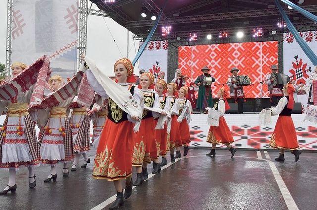 Расположенная на стыке трёх государств, Брянщина всегда была многонациональным регионом, вобравшим в себя культуру разных народов.