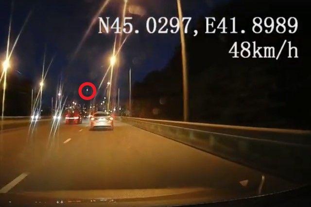 Неопознанный объект в небе над Ставрополем вспыхнул и исчез