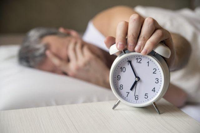 «Еще пять минут»: чем вреден будильник и почему от него лучше отказаться
