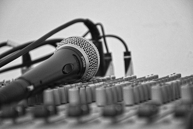 Жительница Тюмени написала песню ко Дню города