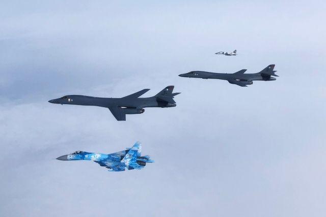 Бомбардировщики ВВС США впервые интегрировались с украинскими истребителями
