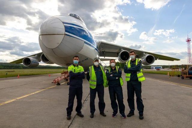 Все необходимые запчасти и материалы для восстановления доставили из Ульяновска в аэропорт Красноярска.