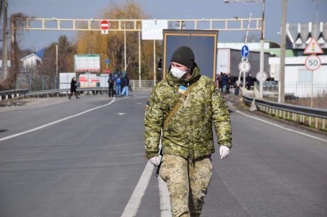 Украина на границе со Словакией и Молдовой открыла пять пунктов пропуска