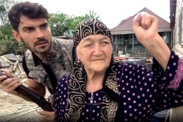 Бабушка в клипах внука согласилась сниматься без раздумий