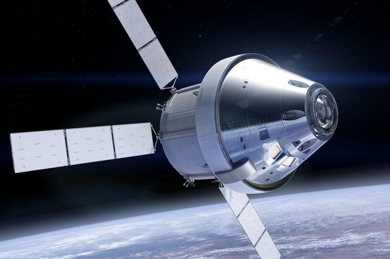 «Орион». С 2004 по 2010 годы НАСА разрабатывало программу «Созвездие». Ее целью было возвращение американцев на Луну, а корабль «Орион» предназначался для доставки людей и грузов на МКС и для полетов к Луне, а также к Марсу в дальнейшем. Программа была свернута Бараком Обамой. На фото: космический аппарат «Орион» в космосе (рисунок НАСА).