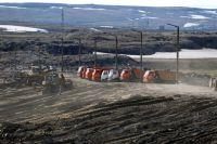 На немлю вылилось несколько тысяч кубов нефти.