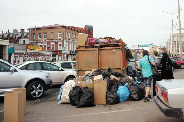 С января нынешнего года расчёты на вывоз мусора производят по числу проживающих в квартире, а не по квадратным метрам, как это было раньше.