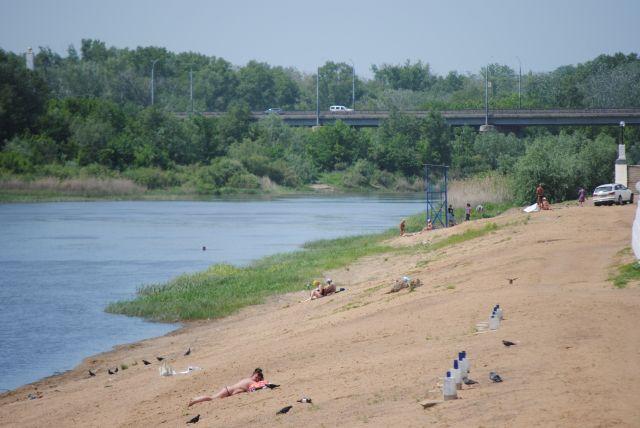В Оренбурге идет подготовка к открытию двух пляжей.