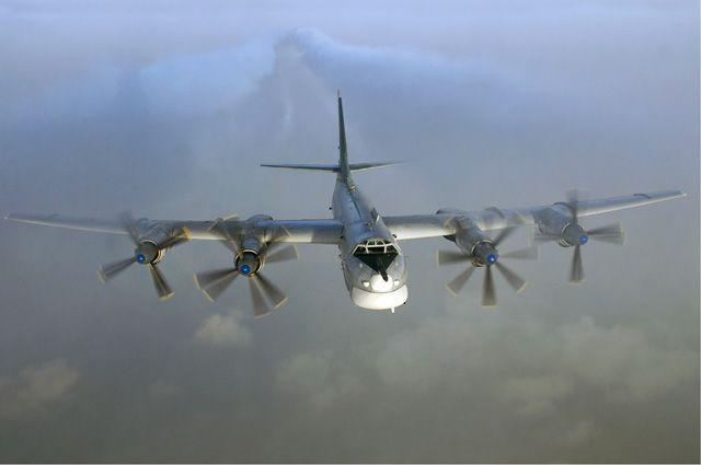 Единственный в мире серийный стратегический бомбардировщик с турбовинтовыми двигателями Ту-95МС.