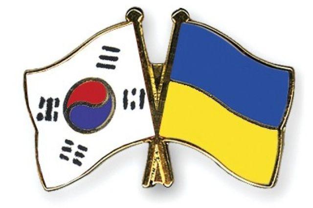 Украина получила от Южной Кореи 20 тысяч тестов на коронавирус
