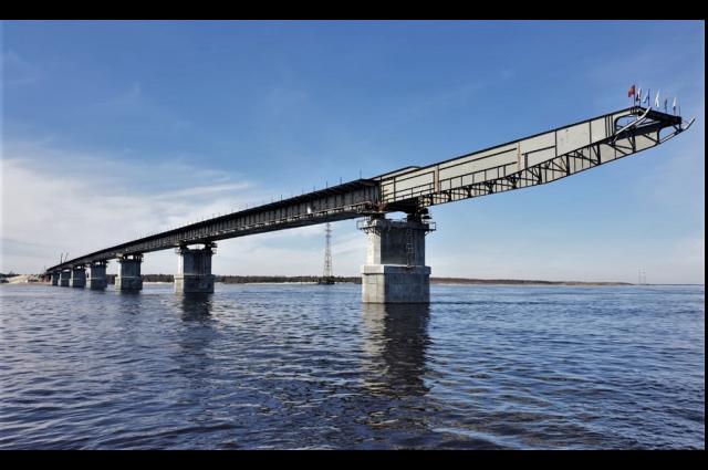 Жители Ямала придумают название для моста через реку Пур