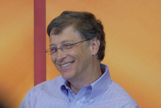 Билл Гейтс ответил на обвинения в намерении чипировать человечество