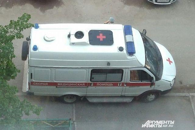 В Удмуртии водитель «Весты» выехал на тротуар и сбил двух подростков