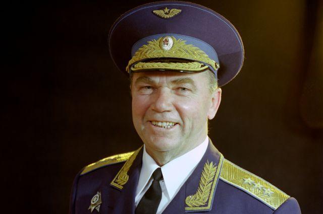 Иван Никитович Кожедуб, 1980 г.