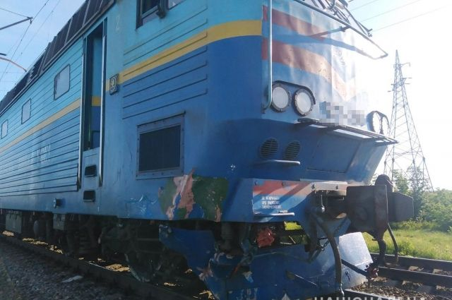 В Запорожской области машина столкнулась с поездом: есть жертвы
