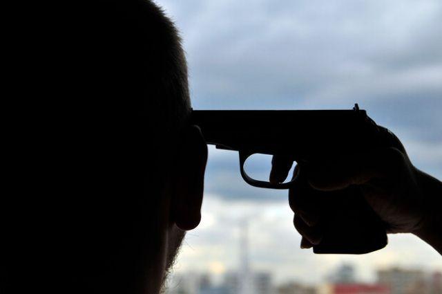 В Харькове мужчина пьяный выстрелил себе в голову из-за ссоры с женой