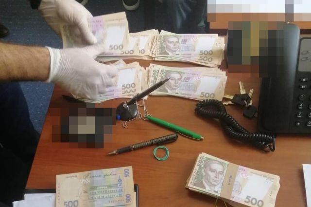В Киеве проректора столичного вуза поймали на взятке в 224 тыс. гривен