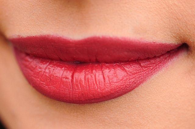 Эксперты отметили яркий макияж фигуристки
