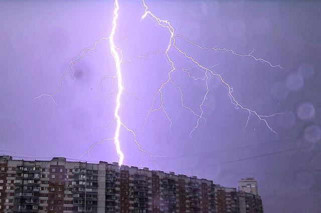 Гроза в Москве.