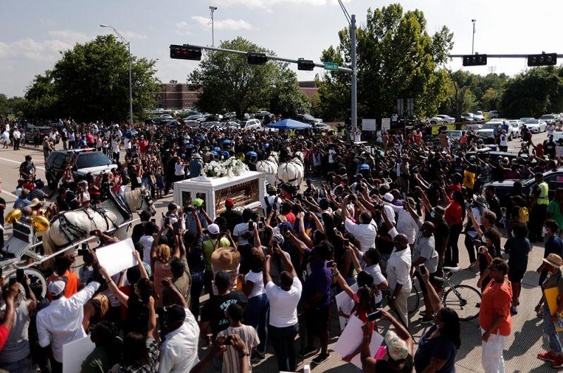 Гибель Флойда вызвала массовые протесты в США.