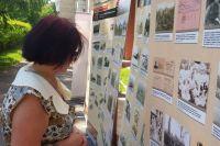 Пермячку Татьяну Петровну заинтересовала историческая выставка под открытым небом.