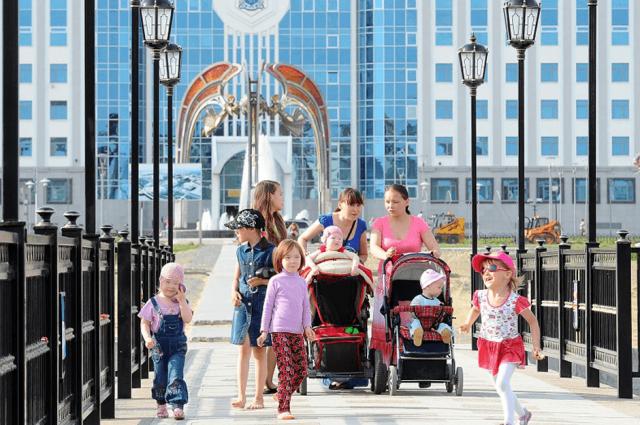 Ямальские депутаты предложили расширить права многодетных родителей