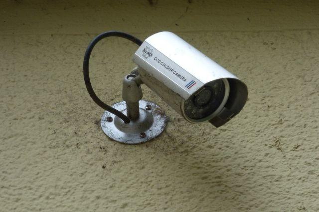 Суд установил, что обе камерны используются незаконно.