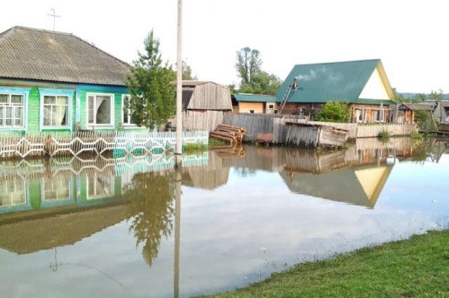 Еще 22 дома под угрозой затопления.