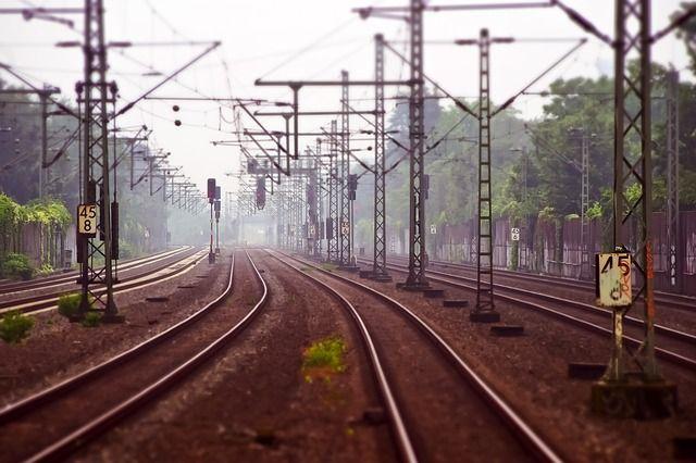 В Тюменской области отметили день безопасности на железнодорожных переездах
