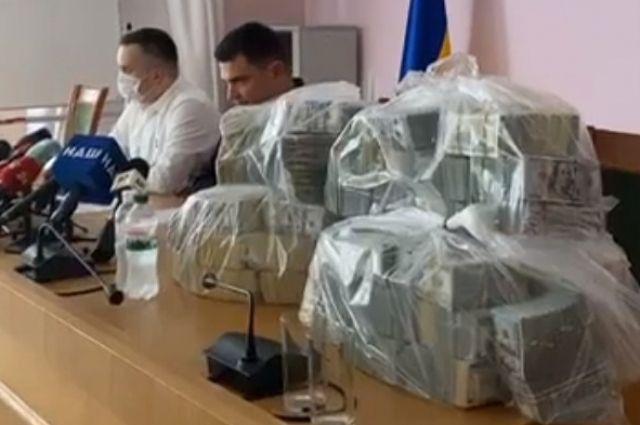 Взятка для НАБУ и САП: суд назначил 40 млн залога одному из задержанных