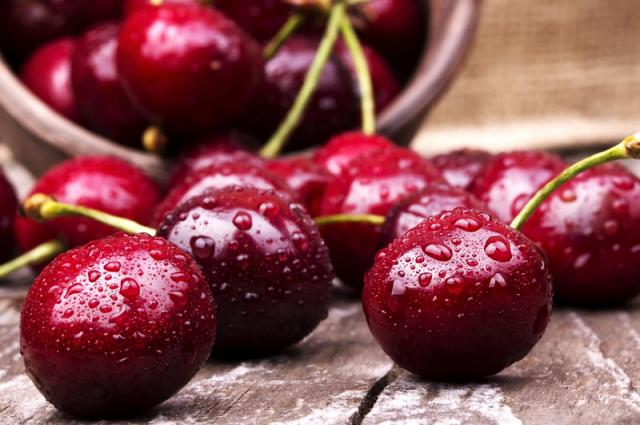 Готовим в будни, праздники и на зиму: универсальные рецепты блюд из черешни
