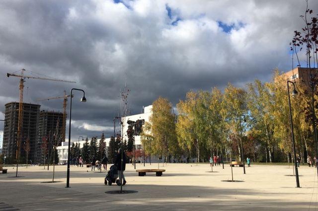 В Ижевске заработал фонтан на Центральной площади